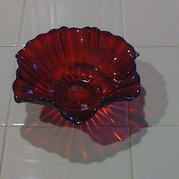 My favorite color red candy dish for Christmas & Valentines   - Glassware