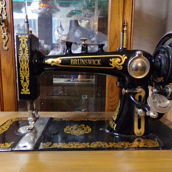 Brunswick Sewing Machine (And Always Drive Prepared!) - Sewing
