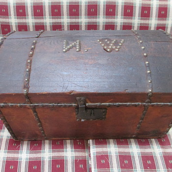 "Immigrant""s Trunk, Davey Crockett - Furniture"
