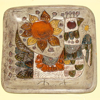 Vintage Studio Art Pottery Wall Charger Hanging Plate Bird And Sun MCM - Art Pottery