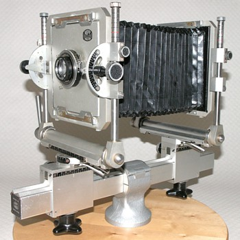 Micro Precision Products Ltd. | Monorail Camera. | 1965-82. | 5x4. - Cameras