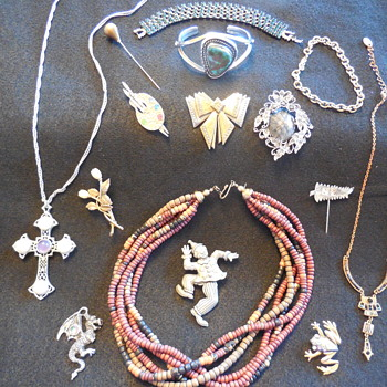 Just A Little Bling For The Holidays :^) Enjoy! - Costume Jewelry