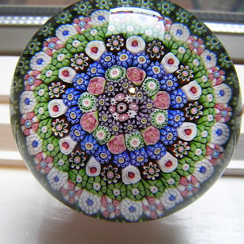 Rare Clichy Piedouche Paperweight - Art Glass