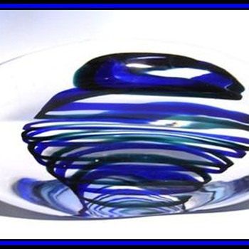 Art Glass *Pinched* Paperweight -- LEERDAM ART GLASS 1953 - Art Glass