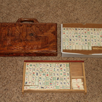 Antique Mah Jong Set