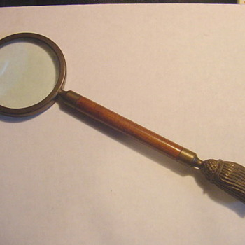 Need help dating an old magnifying glass