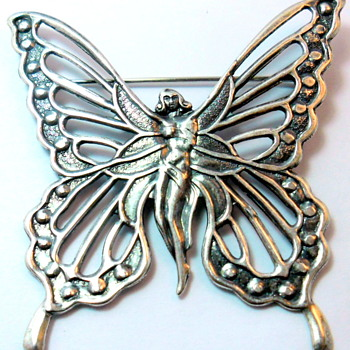 Reproduction of Art Nouveau brooch