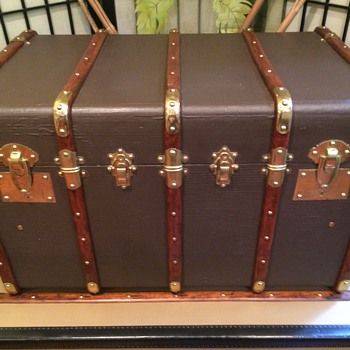 French Trunk- Lavoett'e ( Five banded around 1920's
