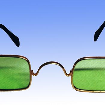 Classic 60s Vintage John Lennon Hippie Sunglasses
