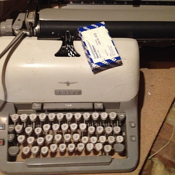 Alder typewriter - Office