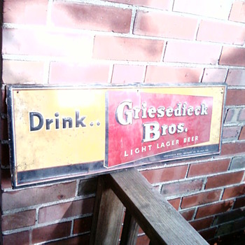 GRIESEDIECK BROS. TIN SIGN - Breweriana