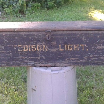Edison Light Wooden Box?