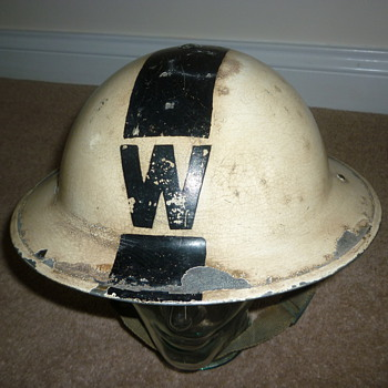 British WW11 Senior Wardens steel helmet - Military and Wartime
