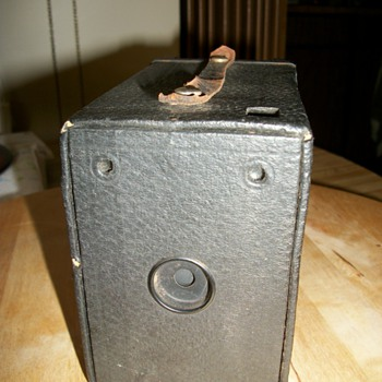 1903 Kodak camera - Cameras