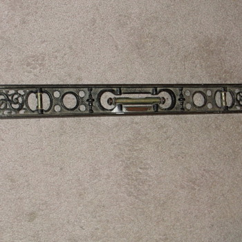 Davis Cast Iron Level
