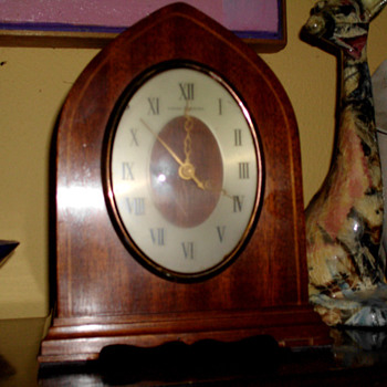 1950 General Electric Gothic or Beehive clock with Wesminister Chimes &quot;Chorus&quot; ,  Model #426 - Art Deco