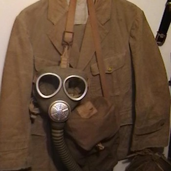 WW II Imperial  Japanese Marine Tunic and Gas Mask with Carrying Case