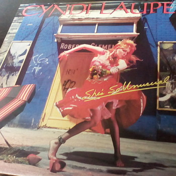 "Cyndi Lauper "" She's So Unusual """
