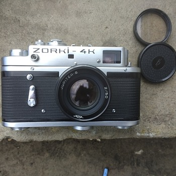Zorki 4K 1970s Russian export model rangefinder film camera with leather case also marked. - Cameras