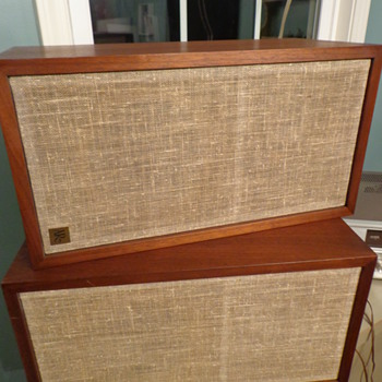 Vintage Acoustic Research AR-4x Stereo Speakers  - Electronics