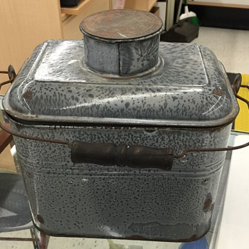 Old I think Granite type of lunch pail?????