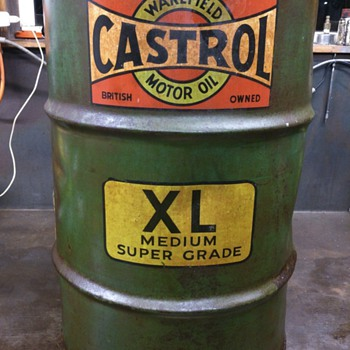 Castrol Wakefield oil drum - Petroliana