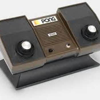 1981 vintage Atari pong gamebox - Games
