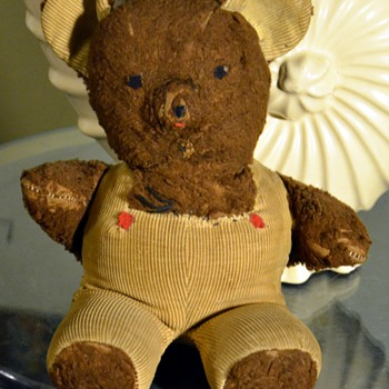 just an old teddy bear i&#039;ve had since i was a little kid...