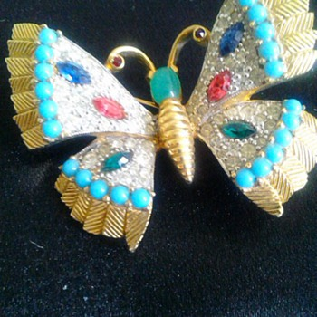 Jomaz jeweled butterfly - Costume Jewelry