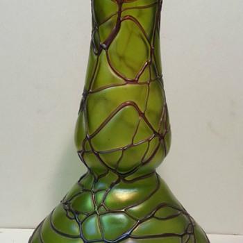 """Art Nouveau Pallme Köenig Amethyst Thread Bulb Vase 12.75"""""""