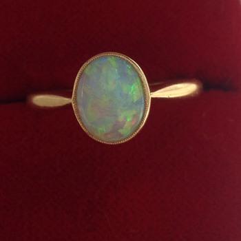 Opal ring - Fine Jewelry