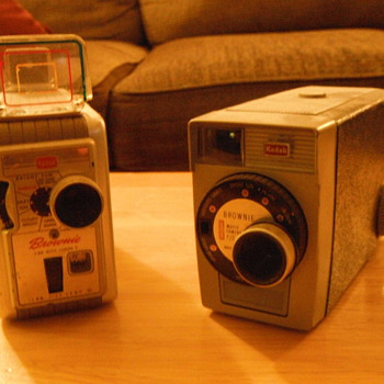 Early 1960's Kodak Brownie 8 8mm movie camera - Cameras