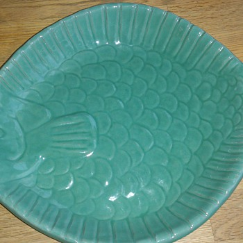 Fishtray by Krukmakaren Höganäs Sweden - Art Pottery