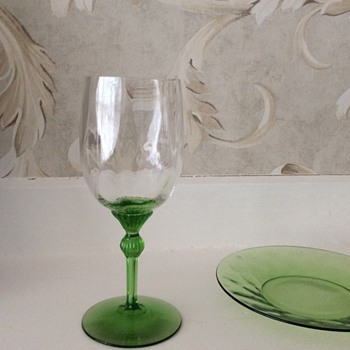Green depression glassware - Glassware