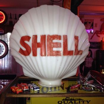 Original Milkglass Clam Shell Gas Pump Globe...1930's-1940's - Petroliana