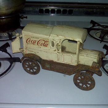 Coca-Cola Truck - Coca-Cola