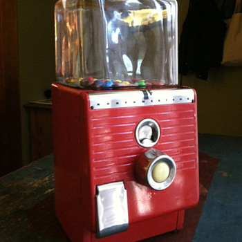 Northwestern 1 cent candy machine