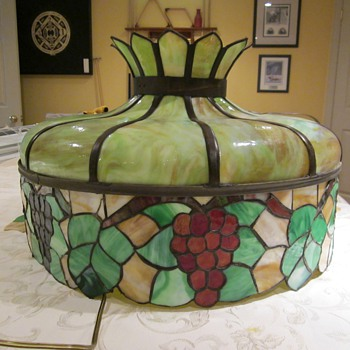 Vintage leaded glass lamp shade - Lamps