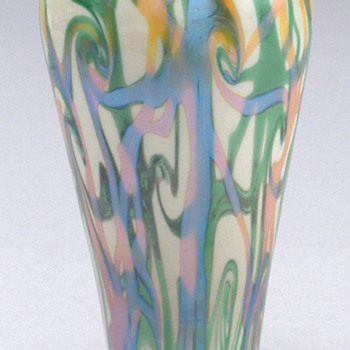 Durand Coil Vase c. 1925 - Art Glass