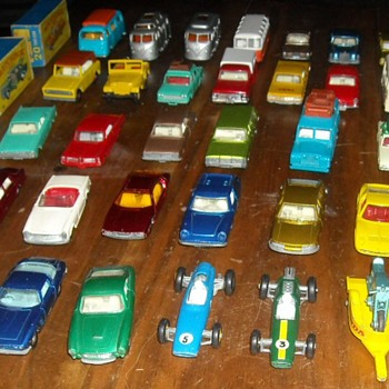 Loose Matchbox Cars Later 1960s  - Model Cars
