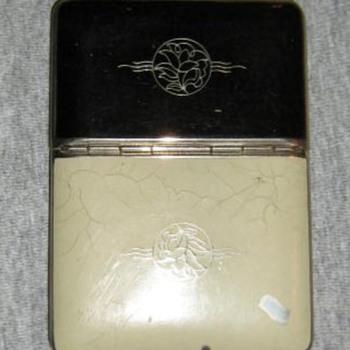 Richard Hudnut enamel compact/cigarette case
