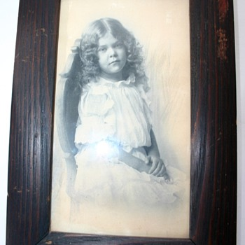 Old Framed Image Of  A Little Girl Sketching Around Girl 