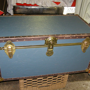 A COOL CHEST-WE CLEANED UP! ANYBODY KNOW IF ITS OLD?