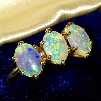 Antique Victorian Fire Water Opal 10k 3 Stone Ring  - Fine Jewelry