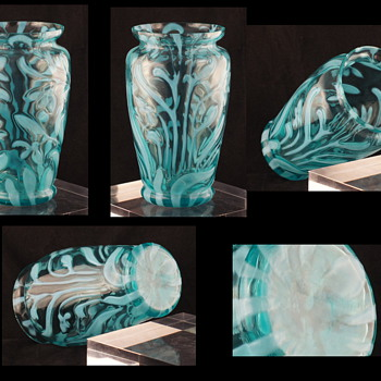 Welz Opalescent Glass - Bluebell - No, it is not English or Victorian - For MacArt - Art Glass