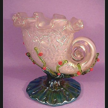 Loetz Zephyr Chine Shell Vase c. 1900 - Art Glass