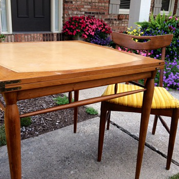 Mid Century Flip Table?  Heritage Henredon but what group?