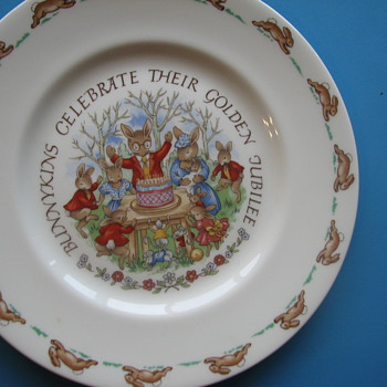 Bunny plate - China and Dinnerware