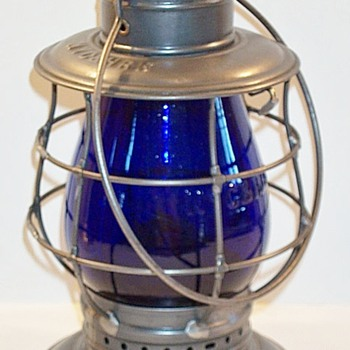 New York Central & Hudson River Railroad Lantern - Railroadiana