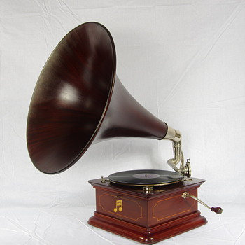 Columbia gramophone C1910